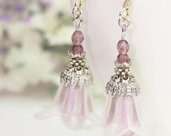 DIY Earrings Kit, DIY Jewelry Kit, White Lucite Flower Earrings Kit, White Flower Earrings Kit, White Earrings Kit, DIY Beading Kit