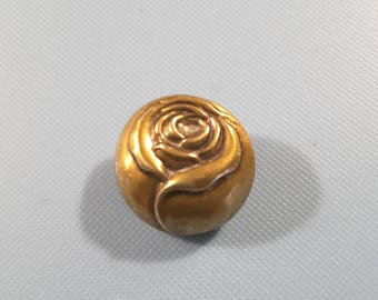 Vintage brass button of a rose - early 1900's.