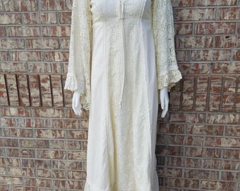 Vintage 1970's Gunne Sax Wedding Dress