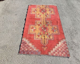 Double medallion,Faded Colors Rug,Vintage Turkish Anatolian RUG Size ,Low Pile Rug,Turkish Carpet,Office Rug,Turkish Kitchen Rug 6'1×3'2