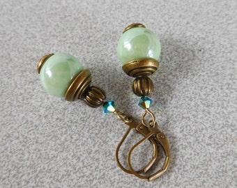 Pearl Earrings Victorian style ceramic porcelain Green 12 mm