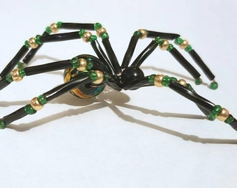 Glass beaded spider figurine  - black and green