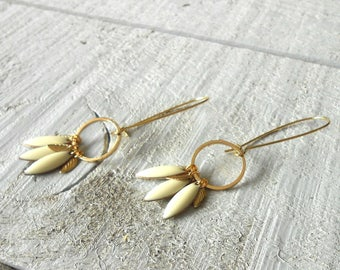 Sequins ivory multi gold earring