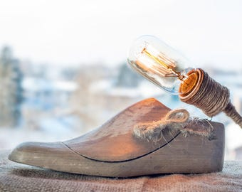 Wood shoe lamp Natural light Wooden lamp Wooden shoe Edison light Rustic lamp Handcrafted light Atmosphere light Natural lamp Desk Light