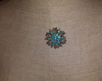 Vintage Blue Rhinestone Pin with Filigree Accents Bouquet Coat Purse