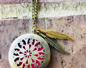 Antique Bronze Essential Oil Diffuser Necklace with Feather Charms