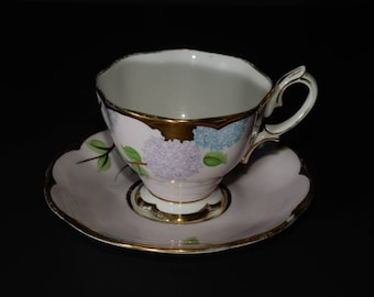 ROYAL ALBERT, Crown China, Teacup, and saucer, lilas, hand painted, lilas and sky blue, flowers, Gold Rimmed, England, Vintage, Bone China