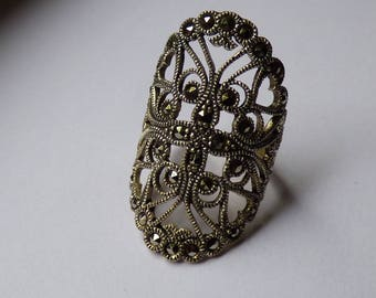 Marquise ring in silver and Marcasite in the Napoleon III style