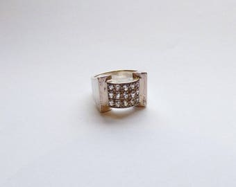 Ring typical Tank from the years 1940 / 1950's silver and rhinestone / imitation diamond cubic zirconia