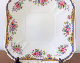 Pretty Shelley cake plate, dates between 1925 and 1945, square and floral fine bone china