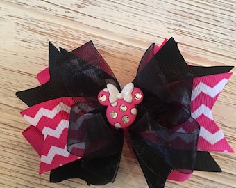 Black and Pink Minnie Mouse hair bow, Minnie hair bow, Minnie hairbow, Minnie hair clip, Disney hair bow, Disney hairbow, Mouse hair bow