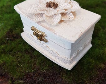 Rustic Wedding Ring Box - Antique Finish - Lace - Wood