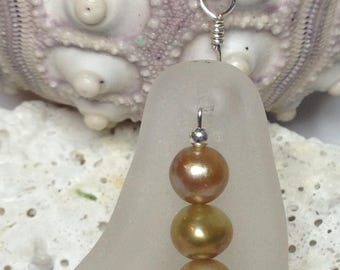 Sea Glass Pendant, Seaglass, Seaglass Jewelry, Beach Theme, Pea Pod Sea Glass, Sea Glass & Pearl Jewelry
