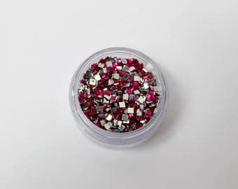 rhinestone square 3 mm fuchsia gr 6.3 has coller(environ 1890 de strass)