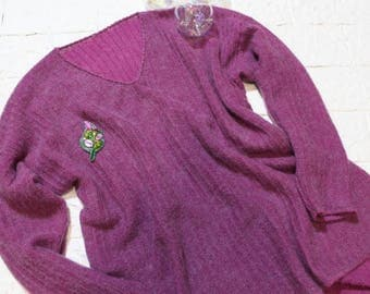 Thin sweater made of wool and mohair