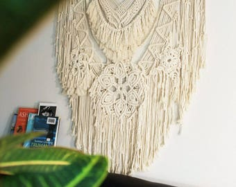 Big Macrame wall hanging | home decor | Cotton macrame decor | Boho decor | Modern macrame design | Mandala