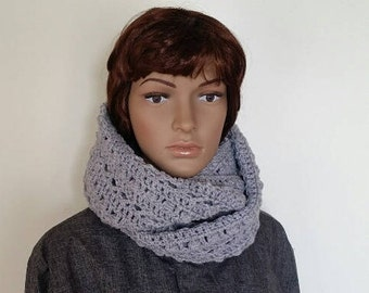 Knit scarf women, Handmade knit scarf, Infinity winter snood, Grey circle scarf, Gift for women, winter accessory
