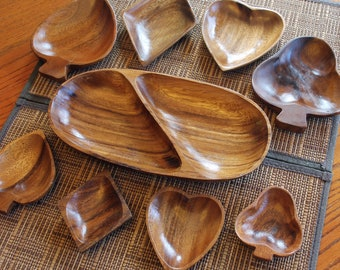 Vintage Set of 9 Wooden Bowls Shaped like Playing Card Suits Heart Diamond Spade Club Divided Dish Man Cave Bar Poker Game Night Decor