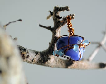 Blue agate and copper-pendant in copper and hard stone
