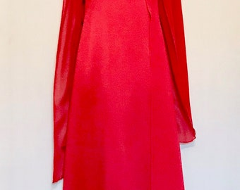 Vintage Red Satin Alfred Angelo    LV101