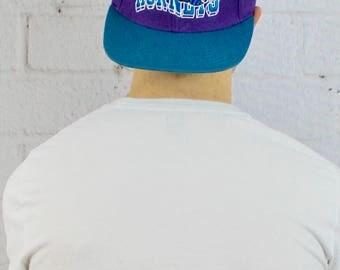 Mens Vintage Deadstock 90s Snapback Charlotte Hornets NBA