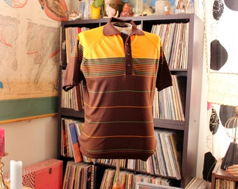 mens vintage short sleeve sweater . mod 60s 70s polo sweater, brown, orange & green