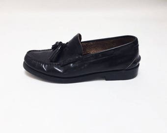 LEATHER TOGGLE LOAFERS- 11