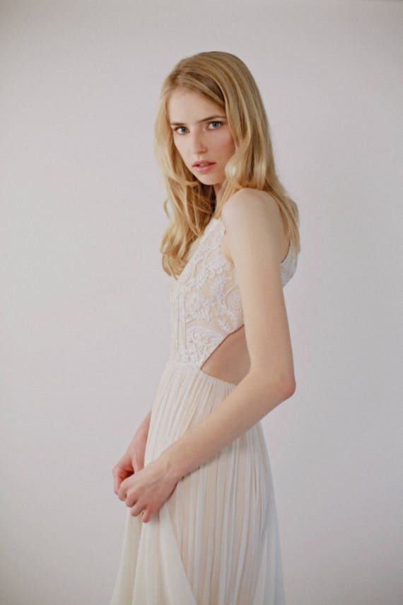 Floor Sample - Backless Lace and Silk Chiffon Blush and Ivory Gown - Solaine