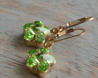 Peridot Swarovski Flower Earrings, Lever Back, Gold Fill Pale Green Crystal Earrings, Bridesmaid Gift, Bridal Jewelry, Spring Green Earrings