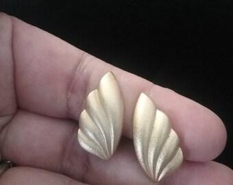 Clip On Earrings, Vintage Earrings, Vintage Clip On Earrings, Monet Earrings, Monet Jewelry, Monet
