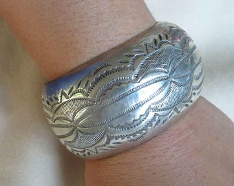 Navajo Hollow Stamped Sterling Silver Cuff Bracelet Vintage Native American