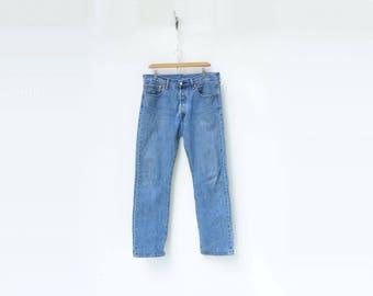 Levis 501 size 32 Levis 501 Jeans Med Rise Jeans Vintage Levis 501s Boyfriend Jeans  90s Mom Jeans High Waist Jeans Straight Leg 32 / 30