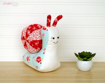 Snail Softie PDF Sewing Pattern, Sandy the Snail Stuffed Animal Pattern, Patchwork Snail Pattern