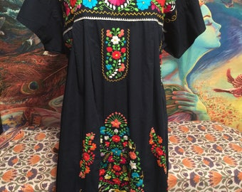 Plus size, Mexican dress, Embroidered dress, Midnight Blue, Frida Kahlo, size XL