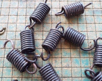 5 Springs, 2 1/4 inch, heavy duty extension spring, found art supply, crafting, steampunk art, bedsprings