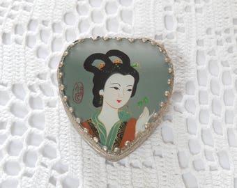Geisha trinket box, small metal box, mirror inside, vintage, handcrafted