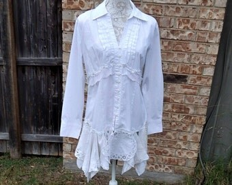 Altered White Linen Cotton Blouse Tunic, Cream and White Dollies Bottom Trim, Trim and Lace, Vintage Look ,Size Large, Shabby Chic,Vintage