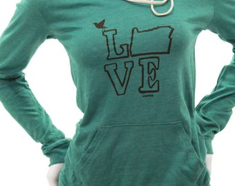Love Oregon| Lightweight soft pullover hoodie| organic cotton blend| classic| destination| hometown| gift for her| travel tees| Jumper.