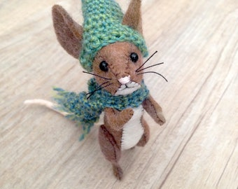 Little Brown House Mouse, Mouse Soft Sculpture, Brown Mouse, Mouse Toy, Mouse Plush, Mouse With Hat, Felt Mouse, House Mouse, Stuffed Animal
