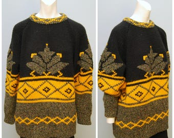 Women's Vintage Black Yellow Gold  Brown Thick Warm Fair Isle Sweater - Maple Leaf/Snowflake Like Pattern - Cozy Oversized Sweater Knit Wool