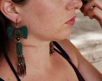 Bows and Tassels Errings - Emerald Green and Copper Errings, Beaded Tassel Earrings, Statement Long Tassel Earrings
