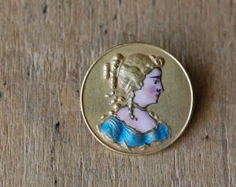 Antique enamel Georgian lady portrait pin