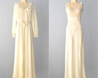 1940s Peignoir Set...GODFRIED Vintage Ivory Peignoir Set Gown and Robe