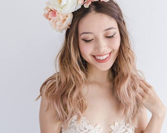 peach cream spring flower crown // spring racing flower headpiece / spring carnival headpiece / spring races fascinator / flower headband