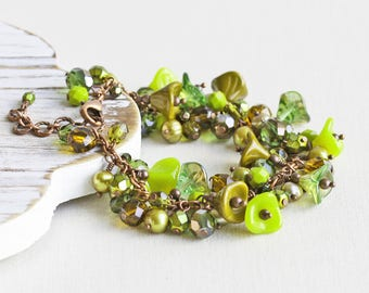 Olive Green Chunky Beaded Cluster Bracelet on Antiqued Copper Plated Chain