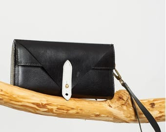 The Black & White Wallet / 20% off