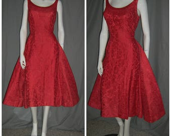1950's SUZY PERETTE Sexy Red Lace Wiggle Dress  Back Skirt Train Cocktail Designer Bombshell  28 waist Rockabilly Vlv