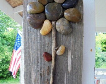 Vintage Barn Wood Flower Rock Wall Hanging Sign Garden Decor Rustic Wooden Sign Distressed Wall Decor Shabby Cottage Chic