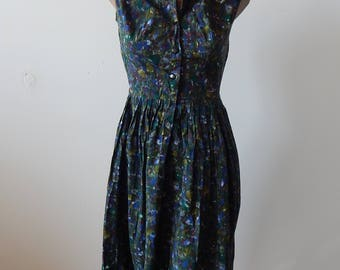 Vintage 1950s Abstract Floral Cotton Day Dress; Fit and Flare Shirt Waist Sz S