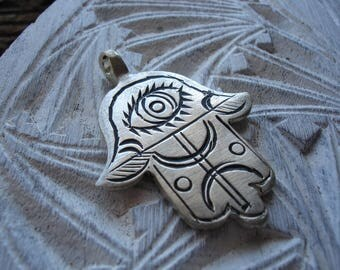 Moroccan silver colour  hand engraved  hand pendant with zeed alphabet and eye